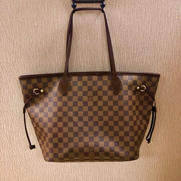 68c8930bebf5 Louis Vuitton Handbags - Louis Vuitton Neverfull MM Damier Ebene